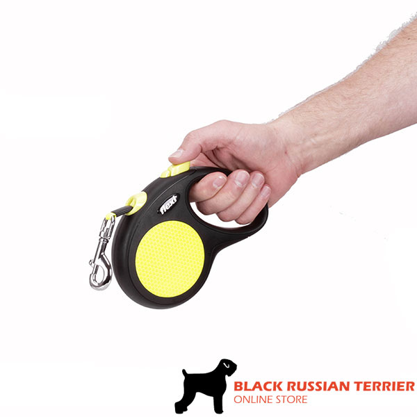 Everyday Use Neon Style Retractable Leash for Total Comfort