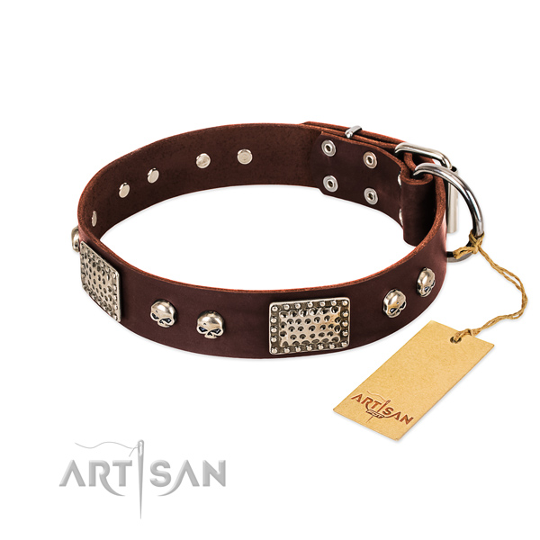 Easy adjustable full grain genuine leather dog collar for walking your dog