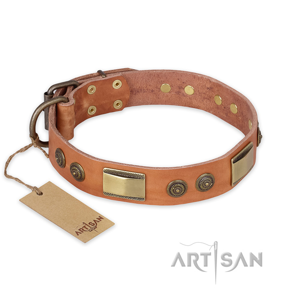 Fashionable natural genuine leather dog collar for easy wearing