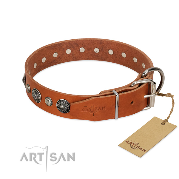 Top rate natural leather dog collar with corrosion resistant traditional buckle